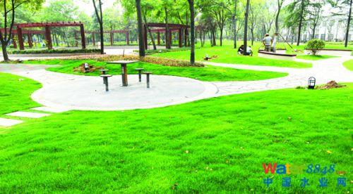 """宿迁财政广场作为""""海绵城市""""试点项目 规划建设一批下沉式绿地,植草沟"""